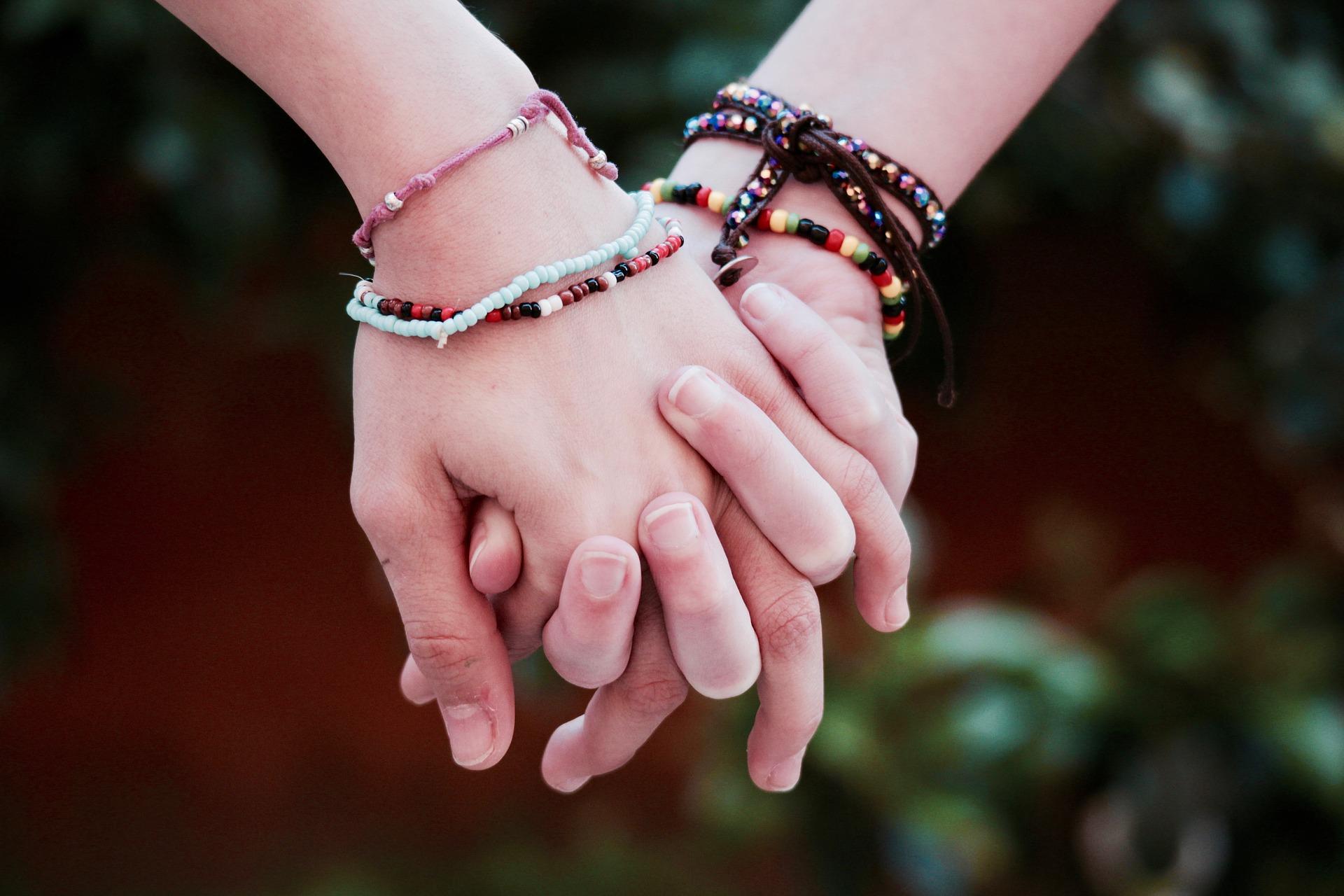 friendship-2156172_1920